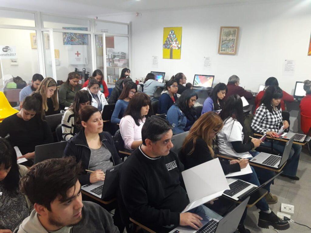Presentación e inicio del curso de Excel a cargo de la Fundación Banco de La Pampa