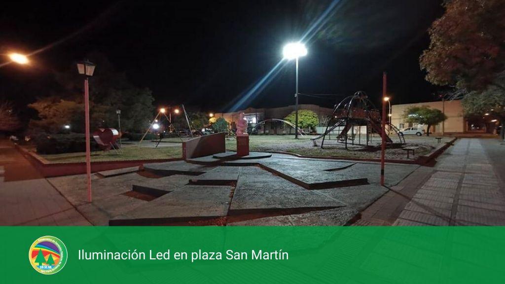 Iluminación Led en plaza San Martín