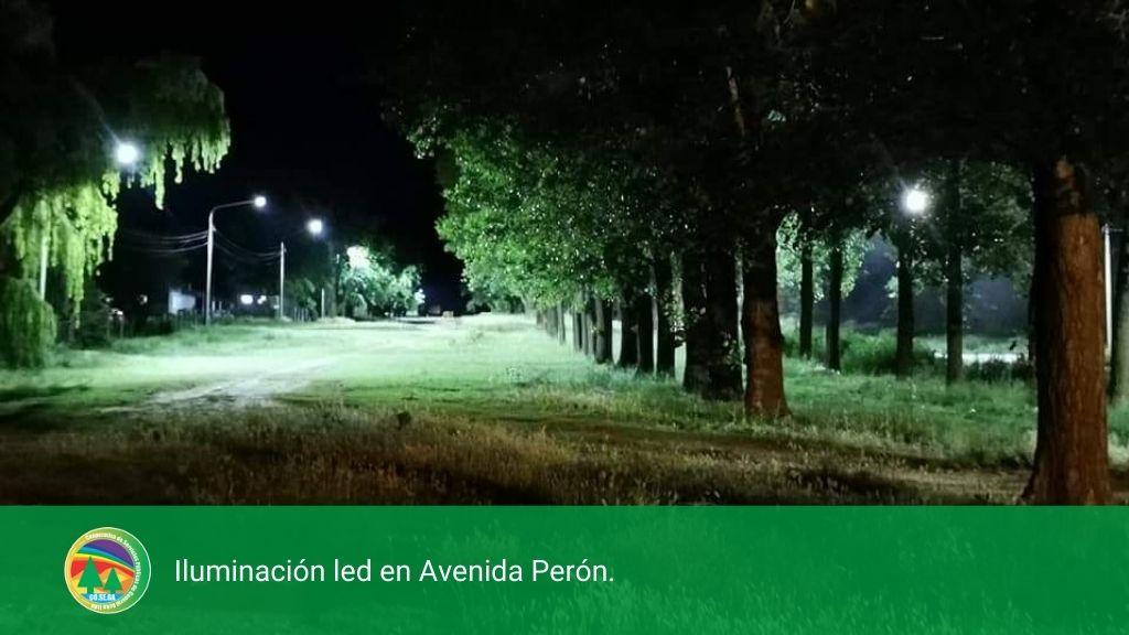 ILUMINACIÓN LED EN AVENIDA PERÓN.