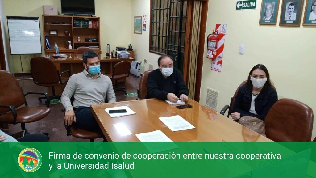 Firma de convenio de cooperación entre nuestra cooperativa y la Universidad Isalud.